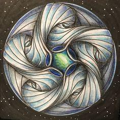5C Paradox by Ina Sonnenmoser #zenart #zengem #zengems #zentangle #zentangleart #zentangleinspiredart #paradox #gemart #myart #zentangleartist #instadraw #instaart #spacedrawing #artshare #gemdrawing #handrawing #buntstifte #zeichnung #drawing #zenstyle #mandala #mandalas #mandalaart #farbstifte #gemlovers
