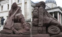 Melting mud statue of a soldier in Trafalgar Square to commemorate battle. Will only last as long as it takes for rain to wash away. Ww1 Battles, Battle Of Passchendaele, London With Kids, Trafalgar Square, World War One, Mud, Lion Sculpture, Rain, Veggie Food