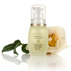 PhytoExquisitesTM Facial Essence    Promote skin's natural regeneration process with this anti-ageing elixir of 100% pure plant essences.