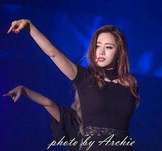 "73 Likes, 1 Comments - @yolanda31938 on Instagram: ""#T_ARA 👑  Eunjung 💕  170513  Taipei  Concert  #티아라 #은정 #지연 #효민 #소연 #큐리 #보람  #HahmEunjung…"""