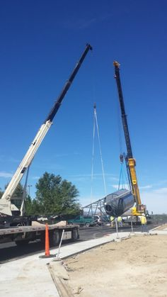 Lifting a Brewing Tank with a 40Ton and 70Ton crane - Longmont, CO