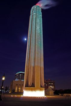 Would KC's night sky be as beautiful without the Liberty Memorial?