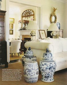 Blue and white accessories. Home of James & Whitney Fairchild. H & G Magazine, June 2004