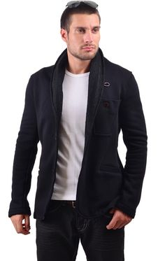 https://www.cityblis.com/5712/item/15848   5340 - $250 by RNT23 Jeans     RNT23 JEANS Men's Shawl Lapel Athletic Blazer. Athletic blazer with knitted shawl lapel. Fitted construction. Slit pockets on the side and chest, 2-button closure. Made in Turkey. Dry Clean. Hand Finished.