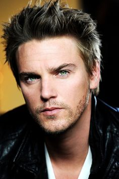 Riley Smith - Remember way back when from Motocrossed? He is still gorgeous!