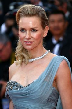 Naomi Watts Photos - Naomi Watts attends the 'How To Train Your Dragon premiere during the Annual Cannes Film Festival on May 2014 in Cannes, France. - 'How to Train Your Dragon Premiere Naomi Watts, Marchesa Fashion, Disaster Film, Cannes Film Festival 2014, Mary Elizabeth Winstead, Teresa Palmer, Rachel Weisz, Wedding Art, Jessica Chastain