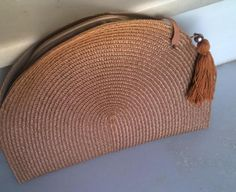 bolso-cartera de rafia con borla  rafia  cremallera  cinta,hilo cosido,borla hecha a mano