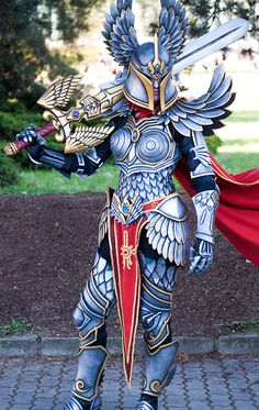 Check Out This Beautifully Awesome MIGHT & MAGIC HEROES Paladin Cosplay — GeekTyrant