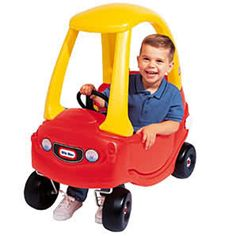 Little Tikes Cozy Coupe, younger kids had them. oldest was jealous Childhood Toys, Childhood Memories, Little Tykes, Terrible Twos, Simple Minds, Toddler Play, 90s Kids, Cool Baby Stuff, Kid Stuff