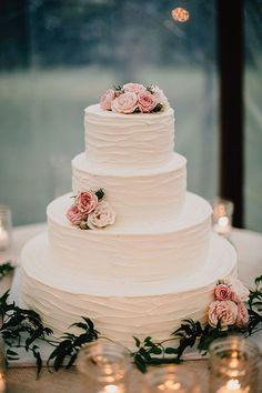 romantic wedding cake - photo by Lev Kuperman http://ruffledblog.com/elegant-country-wedding-at-barley-sheaf-farm #weddingcake #flowers #cakes #WeddingIdeasElegant