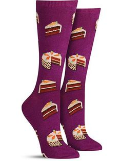 Do you detect hints of cinnamon and raisin? Do you feel a crisp breeze in the air? Let these fun carrot cake socks transport you to a lovely fall scene.