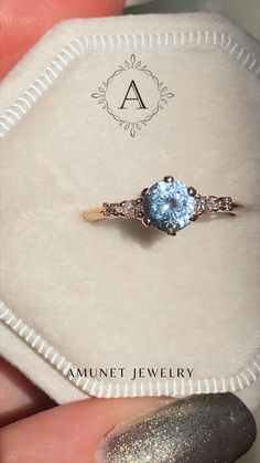 Dream Engagement Rings, Classic Engagement Rings, Antique Engagement Rings, Cute Jewelry, Vintage Jewelry, Jewelry Shop, Ring Verlobung, Promise Rings, Unique Rings