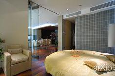 Jorge Tofalo   bedroom