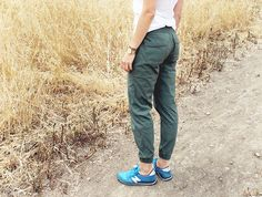 I love these jogger pants from Athleta! They would be great for a hike or just day to day errands!  15.05.06.ath.hike.03