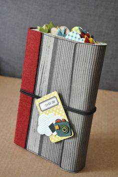Libro de recuerdos de papel corrugado