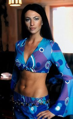 Farscape and Stargate Atlantis - Claudia Black Claudia Black, Sci Fi Tv, Sci Fi Movies, Best Sci Fi Shows, Actrices Hollywood, Beautiful Actresses, Favorite Tv Shows, Actors & Actresses, At Least