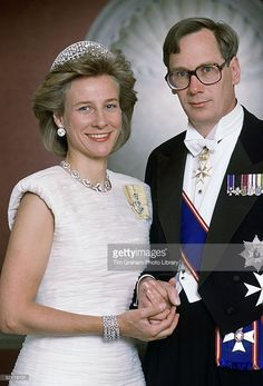 The Duke And Duchess Of Gloucester Celebrating Their Wedding Anniversary Photographed At Home In Kensington Palace. He Is Wearing The Insignia Of The Grand Cross Of The Royal Victorian Order. (Photo by Tim Graham/Getty Images) Royal Crowns, Royal Tiaras, Royal Jewels, Royal Brides, Royal Weddings, Gloucester, Queen Elizabeth Ii Reign, Queen Mary, 17th Wedding Anniversary