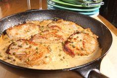 Praktisch, raffiniert und lecker: Hier ein schnelles Gericht für die kühle Herbsttage. Guten Appetit! Pfeffrige Schnitzel-Pfanne