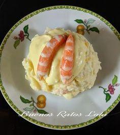El pastel de patatas se lo debemos a mi madre. Unas prisas transformaron lo que iba a ser una ensaladilla rusa en una de las recetas pr...