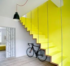 Decorate with YELLOW....no missing this flight !