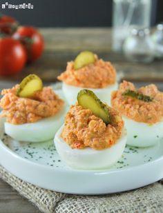 Huevos rellenos de atún - L´Exquisit
