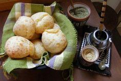 I could eat these all day! Bolivian Recipes, Bolivian Food, Yummy Yummy, Delicious Food, My Favorite Food, Favorite Recipes, Venezuelan Food, New Things To Try, Gf Recipes