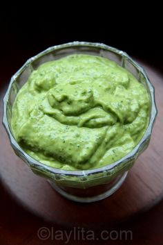Creamy avocado sauce recipe made with avocados, limes, cilantro, hot peppers, garlic, olive oil and cumin. This is great dipping sauce for empanadas and can also be used for grilled meat and seafood.