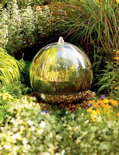 wish this were bigger, but it would be lovely for a little backyard garden (Diy Garden Fountain) Garden Crafts, Garden Projects, Garden Art, Garden Design, Amazing Gardens, Beautiful Gardens, Feng Shui, Sensory Garden, Water Features In The Garden