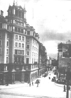 Puerta Real. Edificio Olmedo y Calle Ganivet