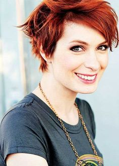 Long pixie haircut appears excellent modern and great. The pixie is great for men and women who want to be the focus of the crowds. Short Spiky Hairstyles, Short Pixie Haircuts, Short Hairstyles For Women, Messy Hairstyles, Summer Hairstyles, Indian Hairstyles, 2015 Hairstyles, Celebrity Hairstyles, Short Red Hair