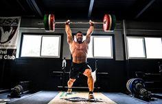 Conoce 15 razones para comenzar un programa de entrenamiento de fuerza y disfruta de todos los beneficios que ofrece tanto a tu físico como a tu mente.