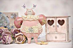 Светлана Чукмарева/ Жуки в стиле Тильда в розовом, парочка (конкурсная работа) - интерьерная игрушка