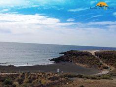 Playa Grande – Kleiner Strand mit großem Namen in Flughafennähe