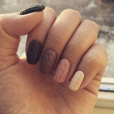 Najmodniejsze wzory na paznokcie na zimę 2016.