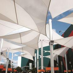 voile d ombrage triangulaire et rectangulaire am nager jardin ombrage pinterest ombrage. Black Bedroom Furniture Sets. Home Design Ideas