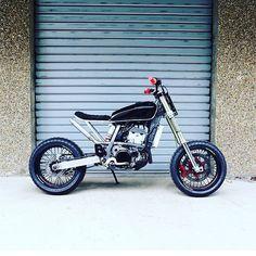 """1,465 Likes, 14 Comments - BikeBound (@bikeboundblog) on Instagram: """"The """"Super Tracker,"""" a 434cc Suzuki #DRZ400 by @56motorcycles of Paris.  #drz400sm #supermoto…"""""""