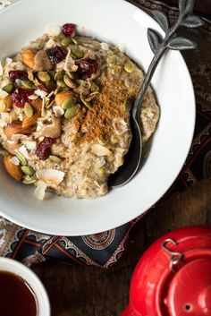 Five-Minute Oatmeal Protein Bowl