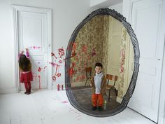 Playful Anamorphic Illusions of Life-Size Picture Frames - My Modern Metropolis