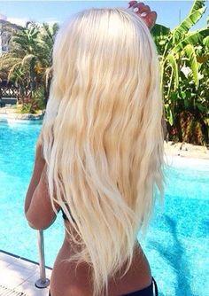Human hair extensions can give you a new look in no time. White Blonde Hair, Platinum Blonde Hair, Luxy Hair, Barbie Hair, Pinterest Hair, Human Hair Extensions, Gorgeous Hair, Hair Looks, Cool Hairstyles