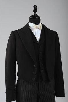 Cutanzug für Buben, 1902, Wollstoff © Wien Museum Wedding Season, Suit Jacket, Museum, Popular, Jackets, Collection, Fashion, Fashion Styles, Culture