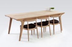 Modern Oak Dining Table - Products - The Modern Furniture Store