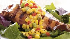 Start with a can of Green Giant® sweet corn and turn out a tasty relish to serve atop grilled chicken breasts—a company-worthy entrée complete in 35 minutes!
