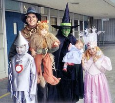 Wizard of OZ Family Costume Snelson Snelson Wright (But I would do Mamau003dGlenda Rubyu003dDorothy and let the boys fight it ought for the rest!  sc 1 st  Pinterest & 13 Insanely Creative Bookish Halloween Costumes | Pinterest | Family ...