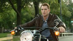 The Avengers. Steve Rogers/Captain America. Chris Evans.