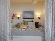 Tight Sleeping Quarters in Tiny Apartment Therapy from HGTV