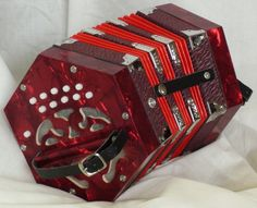 My Squeeze Box. Hubby got it for me for christmas. He thought it would sit on a shelf. HA I am addicted and my dog thinks it is an apocalypse box.