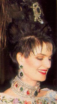 RUBY EMERALD AND DIAMOND COLLIER DE CHIEN ~ With massive emerald earrings. From the Thurn und Taxis collection, worn here by Princess Gloria of T&T.