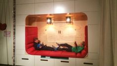 Lounge hoek met verborgen TV