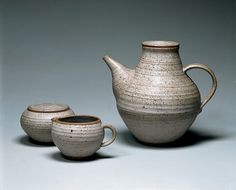 Karen Karnes created this glazed stoneware teapot, sugar bowl and creamer (1953–1954) during her time at Black Mountain College. www.cullowheemountainarts.org