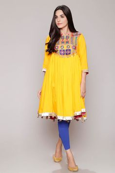 Rang Ja - Ready to Wear Online Store. Embark on a journey of colors and ethnicity like never before, with pret, prints and much more, only at Rang Ja Stylish Dress Designs, Dress Neck Designs, Stylish Dresses, Casual Dresses, Indian Dresses, Indian Outfits, Fashion Pants, Fashion Dresses, Afghani Clothes